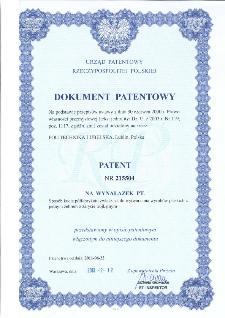 Sposób kucia półfabrykatu zwłaszcza do wytwarzania wyrobów płaskich z jednym żebrem o zarysie trójkątnym : opis patentowy nr 215504